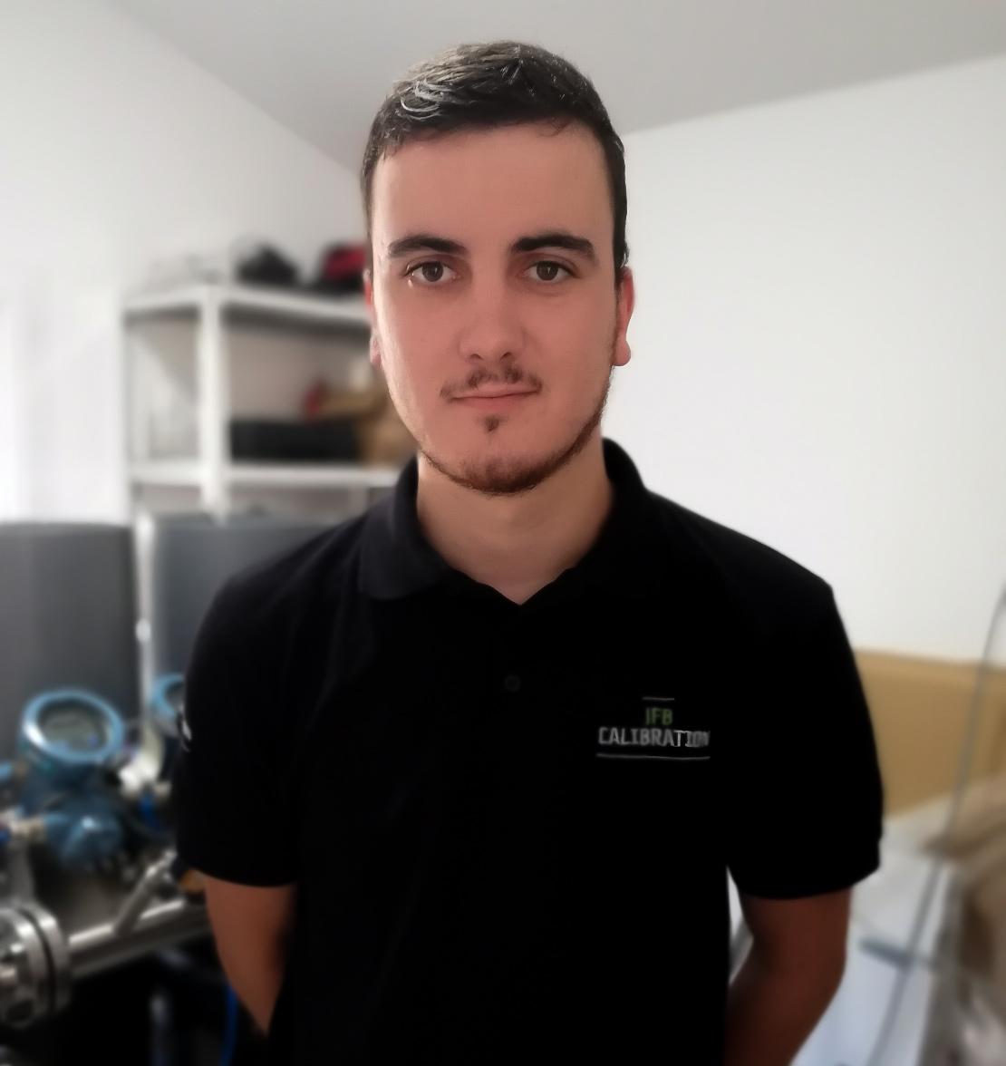 Lucas Zabrocki, étudiant en alternance chez JFB CALIBRATION, témoigne